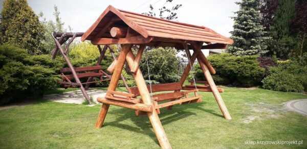 meble ogrodowe drewniane, huśtawki z bali, drewniane place zabaw, huśtawka z bali, huśtawka z dachem 07