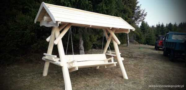 meble ogrodowe drewniane, huśtawki z bali, drewniane place zabaw, huśtawka z bali, huśtawka z dachem 10