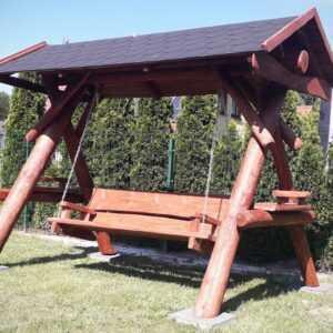 meble ogrodowe drewniane, huśtawki z bali, drewniane place zabaw, huśtawka z bali, huśtawka z dachem, gont bitumiczny 02