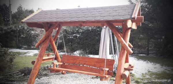 meble ogrodowe drewniane, huśtawki z bali, drewniane place zabaw, huśtawka z bali, huśtawka z dachem, gont bitumiczny 05