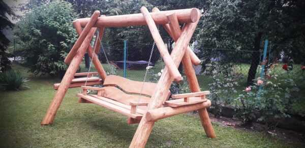 meble ogrodowe drewniane, huśtawki z bali, drewniane place zabaw, meble ogrodowe drewniane 05