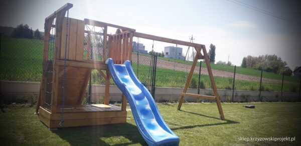 plac zabaw, meble ogrodowe, domek dla dzieci, zjeżdżalnia, ślizg, ścianka wspinaczkowa, huśtawka dla dzieci, nowoczesny plac zabaw drewniany 09