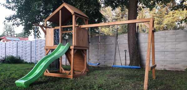 plac zabaw, meble ogrodowe, domek dla dzieci, zjeżdżalnia, ślizg, ścianka wspinaczkowa, huśtawka dla dzieci, nowoczesny plac zabaw, drewniany plac zabaw z dachem 02